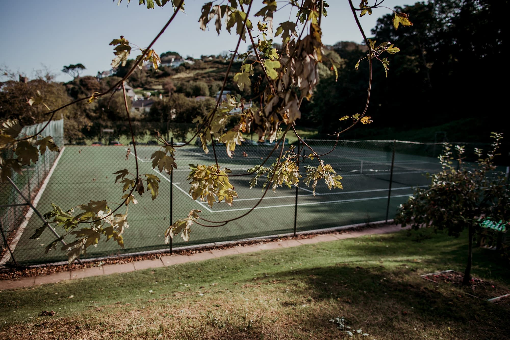 Noss Mayo Tennis Courts - Holiday Cottages Noss Mayo