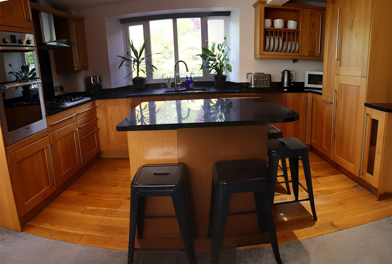 Anchor Cottage Kitchen - Holiday Cottages Noss Mayo