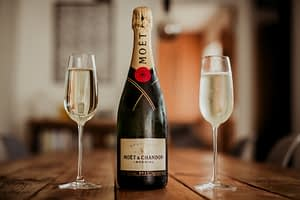 Glass of fizz? You deserve it! - Holiday Cottages Noss Mayo